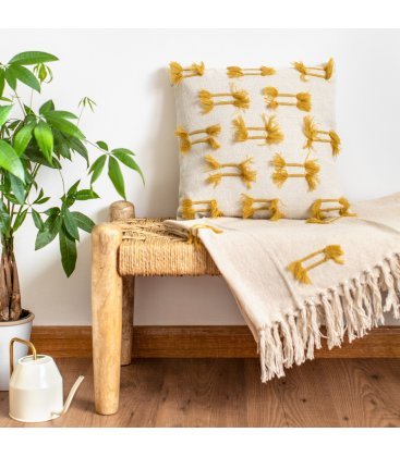 Funda de cojín de algodón beige con flecos de color mostaza YAGI 45x45cm