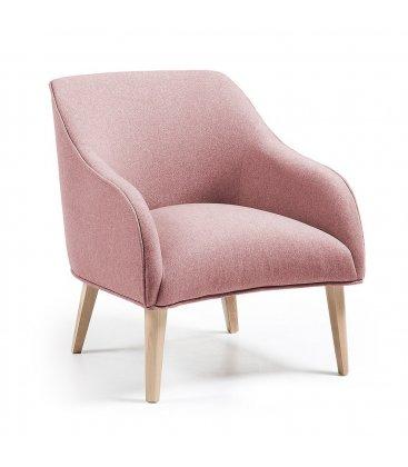 Sillón tapizado en color rosa palo con patas de madera HALL