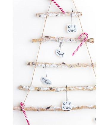 Set de 3 adornos de Navidad blancos y mensajes en negro.