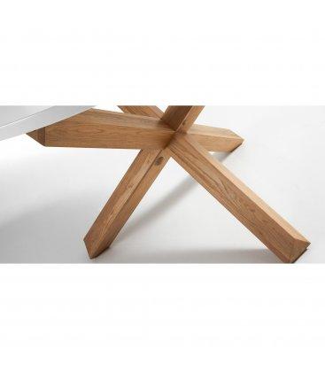 """Mesa de comedor redonda """"AIRE"""". Patas madera y sobre blanco"""
