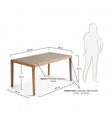 Mesas de jardín con estructura en madera de acacia y sobre de cemento CAPRI