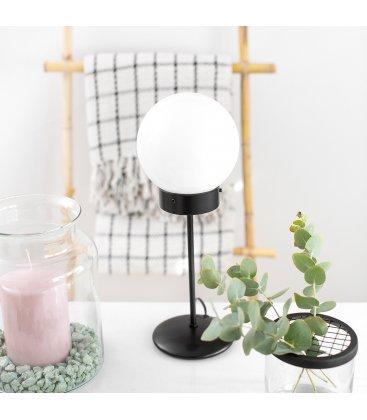 Lámpara de sobremesa negra y tulipa cristal opal bola ATOM