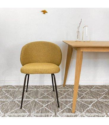 Pack de 2 sillas tapizadas en mostaza y patas negras LIZA