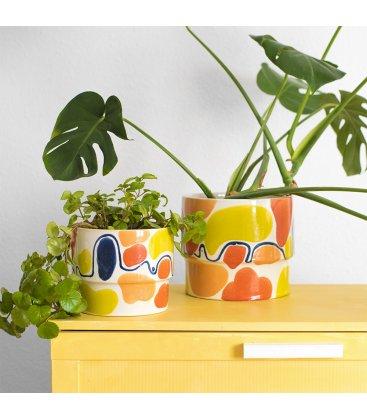 Macetero cerámico esmaltado blanco, azul, amarillo y naranja grande MARRAKECH