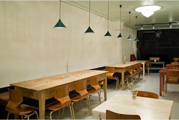 bares restaurantes de diseño reformas de diseño interiorismo decoración madrid barato low cost decorar pared pizarra interioristas decoradores