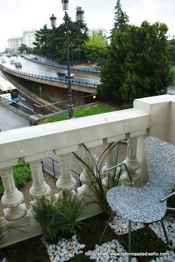 Casa decor madrid 2012 terrazas jardines y miradores for Casas con jardin y terraza