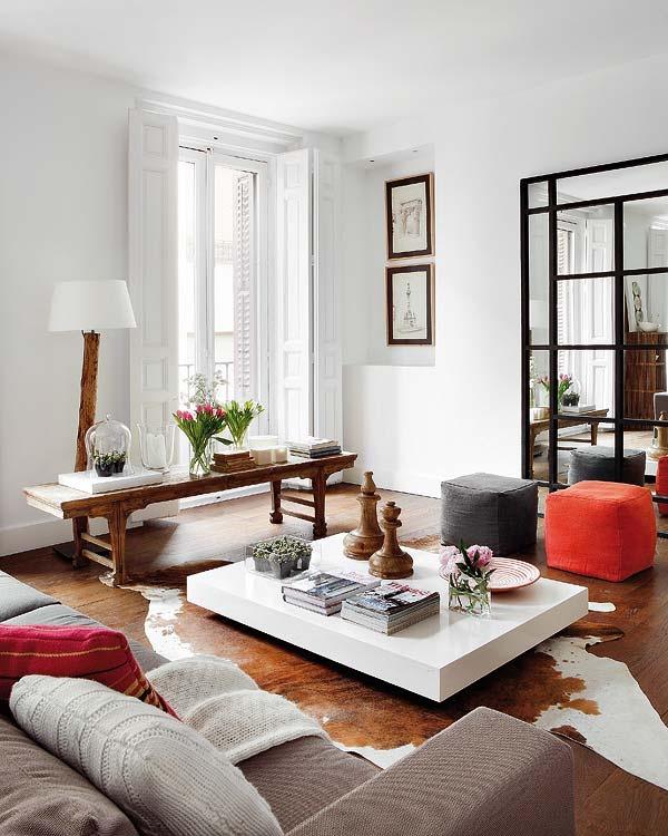 REFORMAS DE DISEÑO MADRID interiorismo decoración MESA MINIMALISTA salónes modernos salones minimalistas