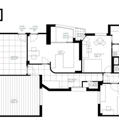 Conseguimos dar solución a los requerimientos de la propietaria, incorporando un pequeño aseo y mejorando sensiblemente el dormitorio de servicio que ganó iluminación, un baño en suite y un vestidor.