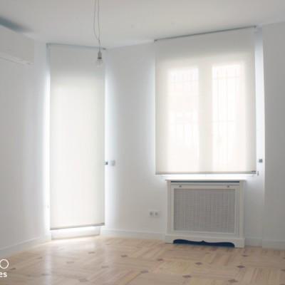 En el dormitorio ganado a la zona de servicio, se reprodujo el suelo del resto de la vivienda.