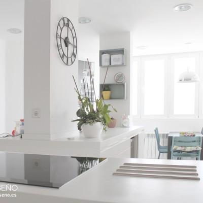 Cocina. Reforma integral de vivienda en Madrid by R de Room