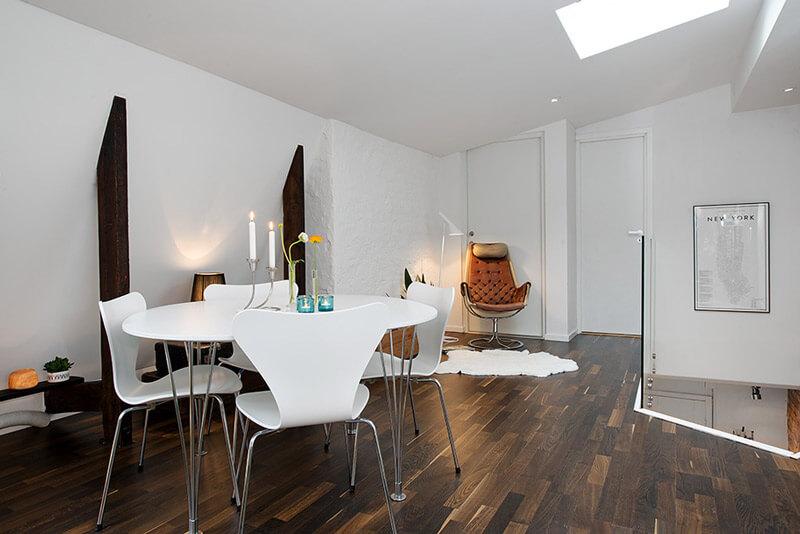 R de Room Blog. 8 trucos para decorar una casa con suelo oscuro.