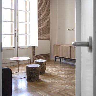 R DE ROOM-proyecto de reforma e interiorismo en vivienda en Carrera de San Jerónimo (Madrid).