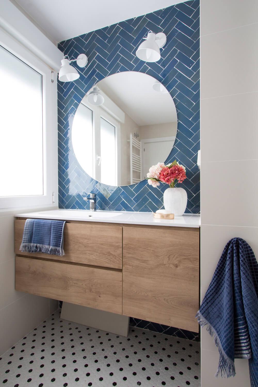 R DE ROOM-vivienda en Malasaña-baño a medida-distribución inteligente-acabados estilosos
