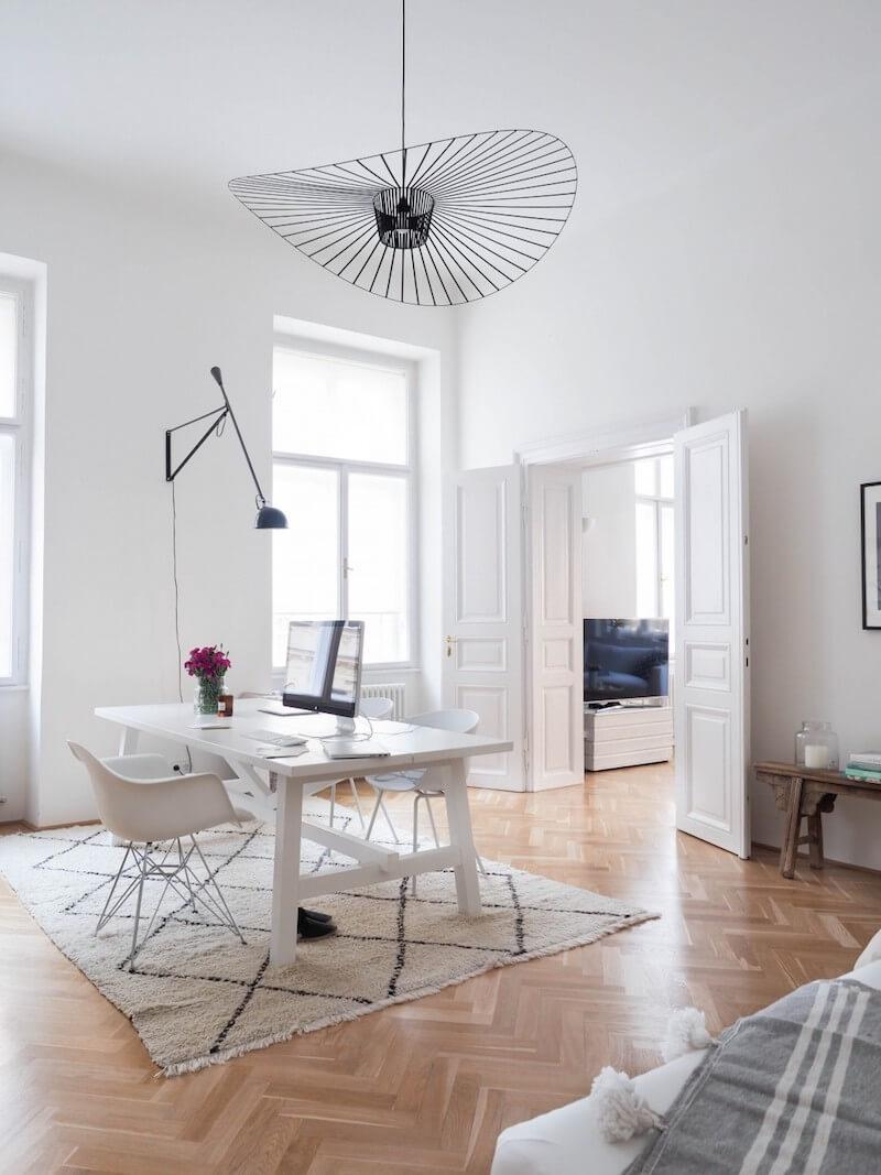 R DE ROOM lámpara de techo suspendida vértigo en color negro, diseño de Constance Guisset para Petite Friture.