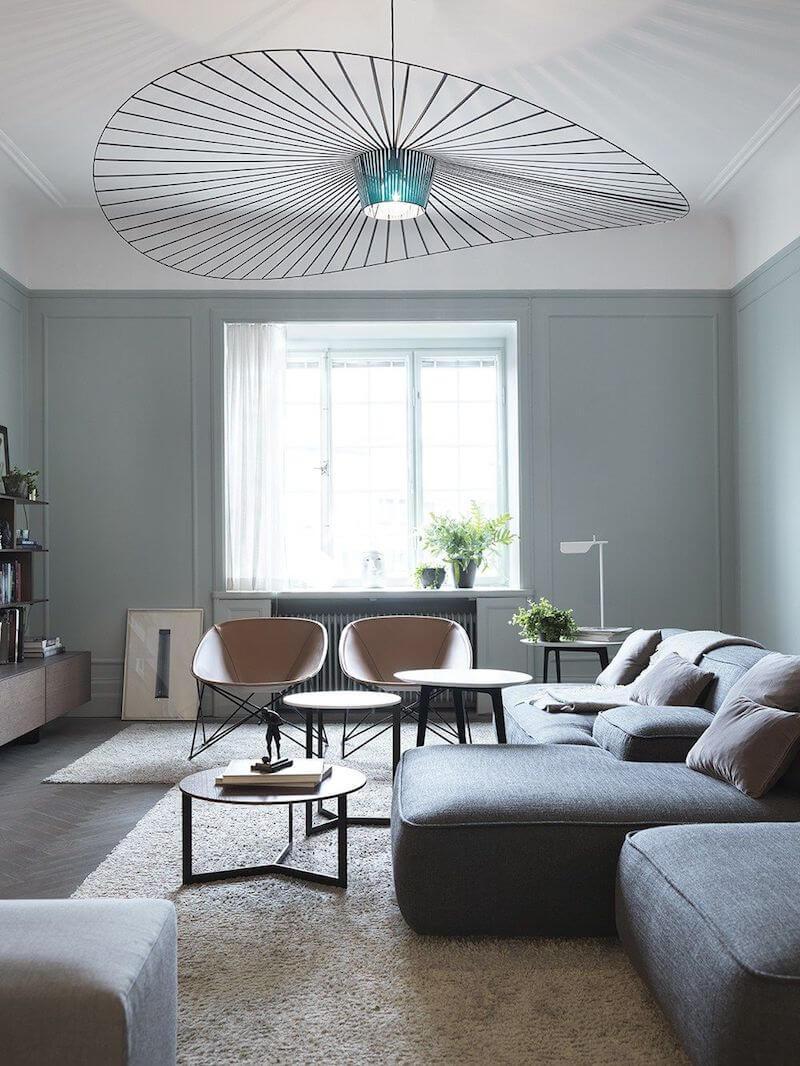 R DE ROOM lámpara de techo suspendida vértigo en color azul, diseño de Constance Guisset para Petite Friture.