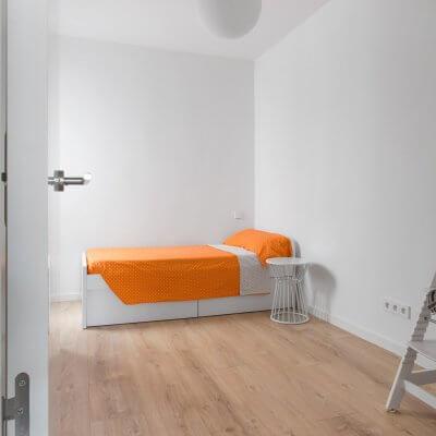 Proyecto de reforma en Chamberí (Madrid) de R de Room. Segundo dormitorio.