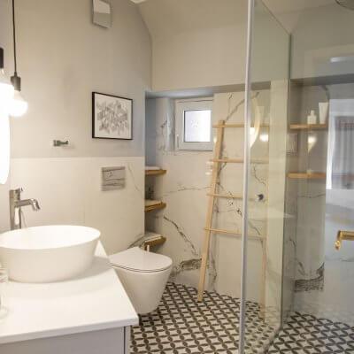 Cambio de imagen de un apartamento de alquiler_proyecto de interiorismo baño