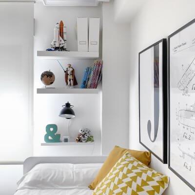 Interiorismo de vivienda_dormitorio juvenil-escritorio-cama nido-colorido