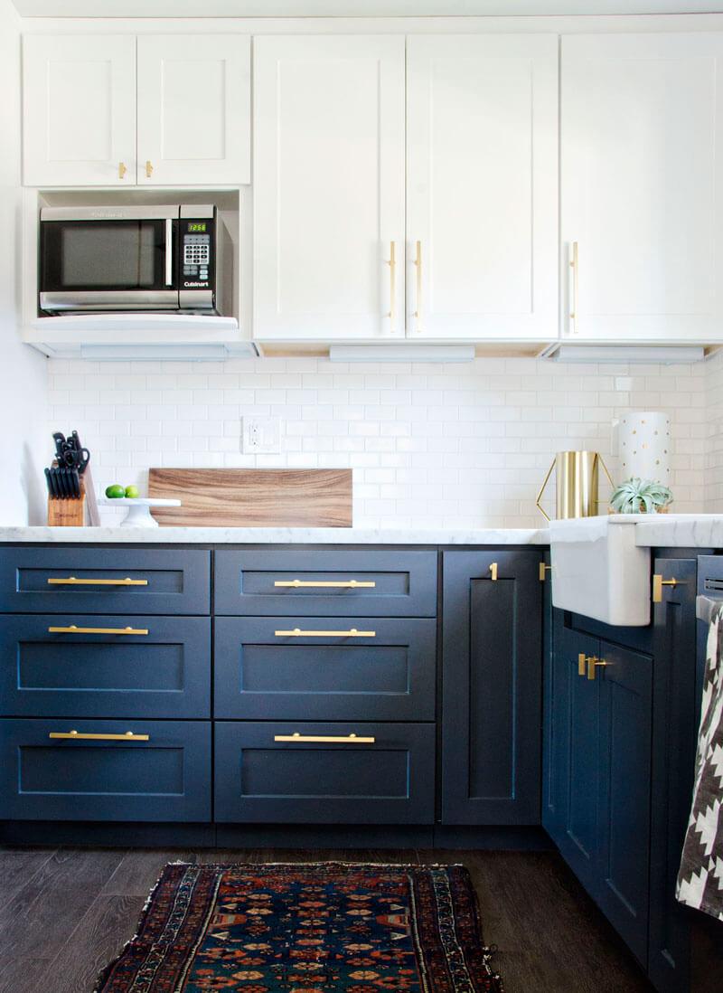 Cocinas de colores de los que no te cansarás; azul
